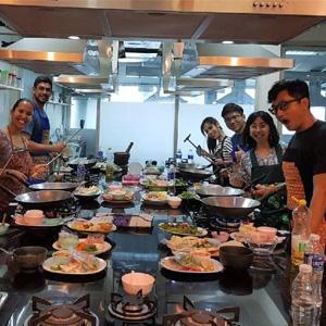thai-chef-cooking-basic