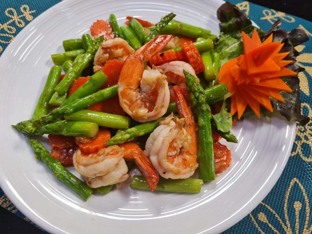 Stir Fried Shrimp with Asparagus