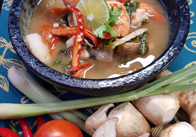 Tom Yum Kung Thai Cooking Online 2