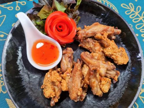 Chicken Wings with Sesame Seeds