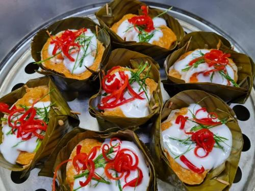 Curried Seafood (Hor Mok Talay)
