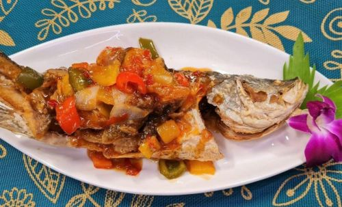 Fried Fish in 3 Flavor Sauce