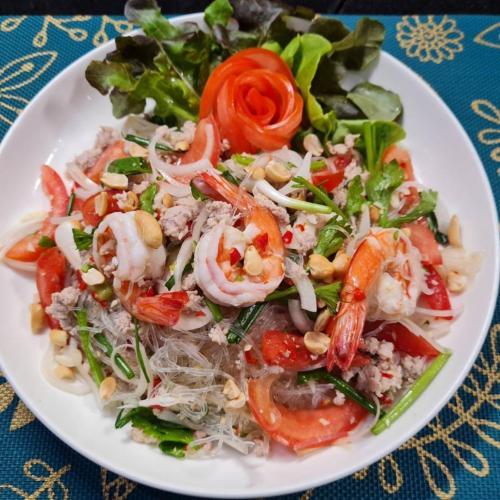 Glass Noodles Salad (Yum Woon Sen)