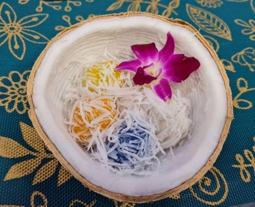 Thai Sweet Dumpling (Kanom Tom Bi Toey)
