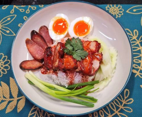 Barbecued Pork on Rice (Moo Dang)
