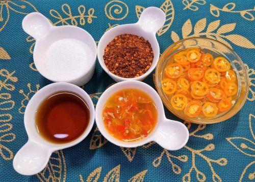 Noodles Shop Table Condiments